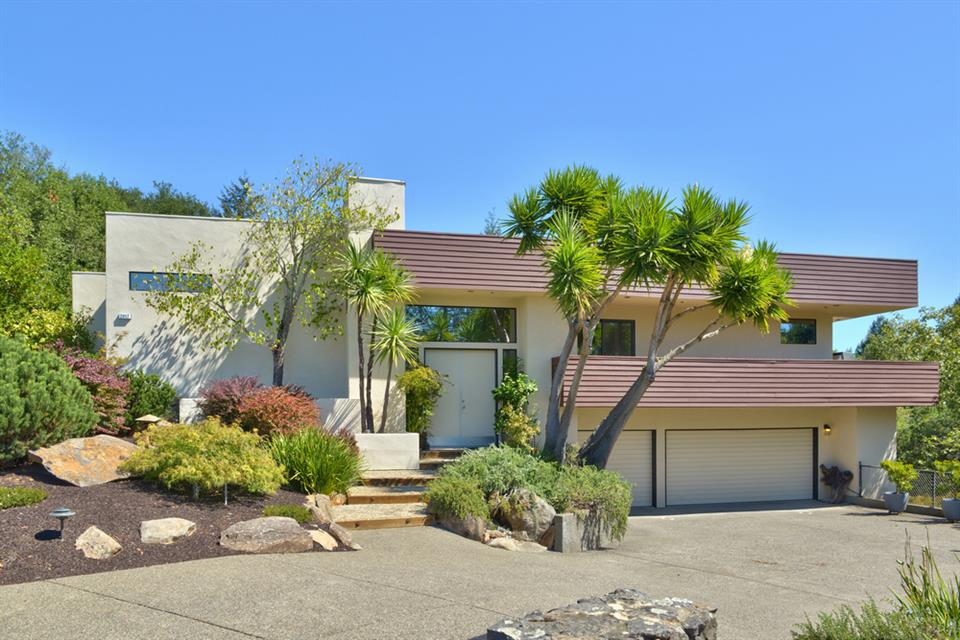 sold property at 2017 Long Leaf Court, Santa Rosa, California