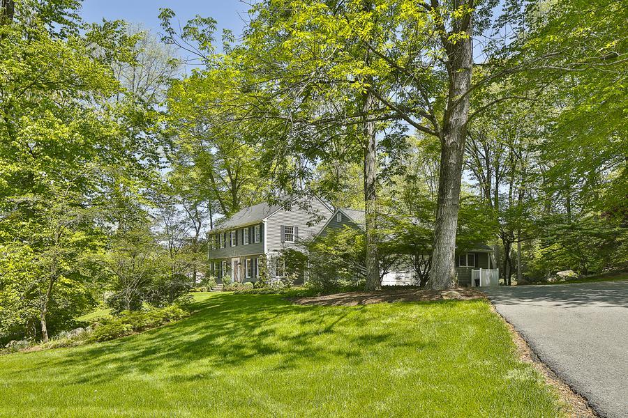 Additional photo for property listing at 49 Dogwood Hill Princeton, NJ Princeton, New Jersey United States