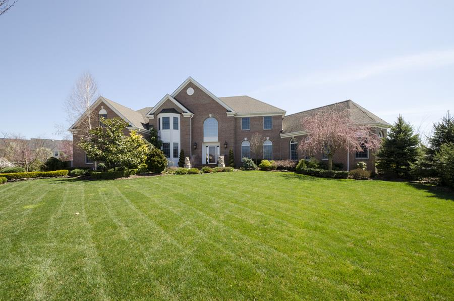 Additional photo for property listing at 12 Garden Terrace Monroe, NJ Monroe, New Jersey United States