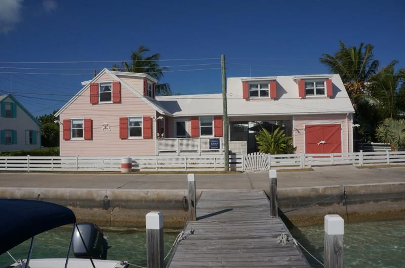 Additional photo for property listing at Pink Dolphin Cottage, Spanish Wells, Eleuthera, Bahamas Spanish Wells, Eleuthera Bahamas