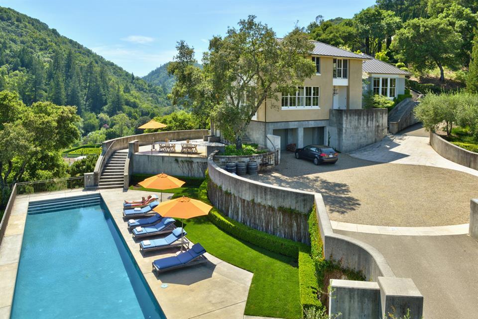 sales property at 9275 West Dry Creek, Healdsburg California