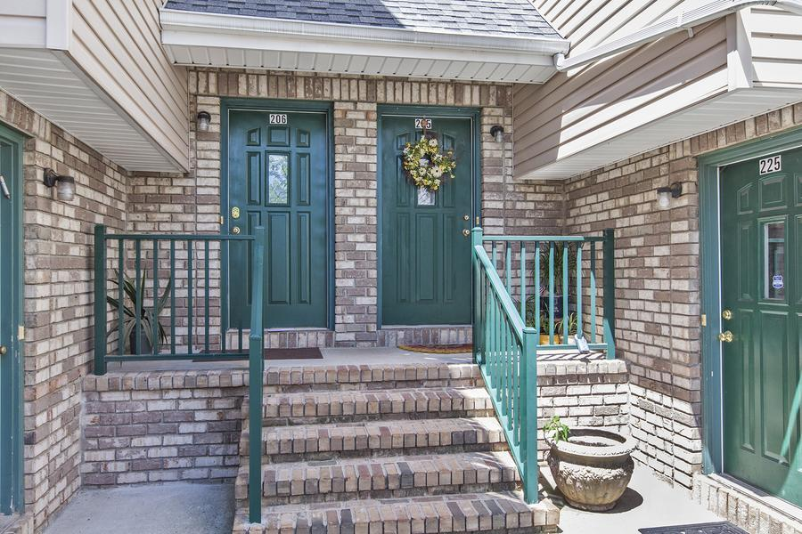Additional photo for property listing at 205 Rip Van Dam Court Belle Mead, NJ (Montgomery Township) Belle Mead, Nueva Jersey Estados Unidos