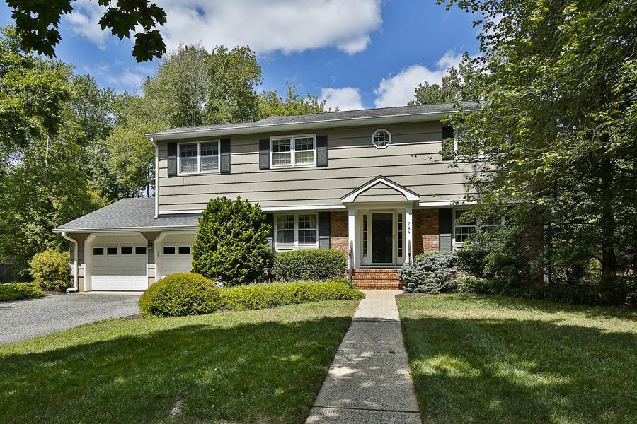 Additional photo for property listing at 244 Dodds Lane Princeton, NJ Princeton, New Jersey États-Unis
