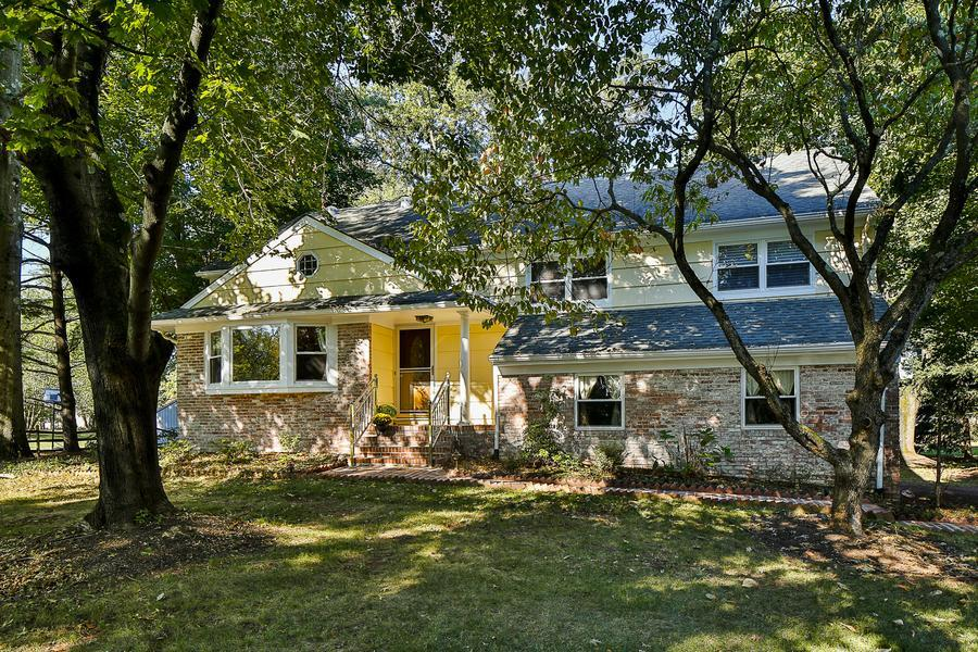 Single Family for Sale at 388 Burnt Hill Road Skillman, NJ (Montgomery Township) Skillman, New Jersey United States