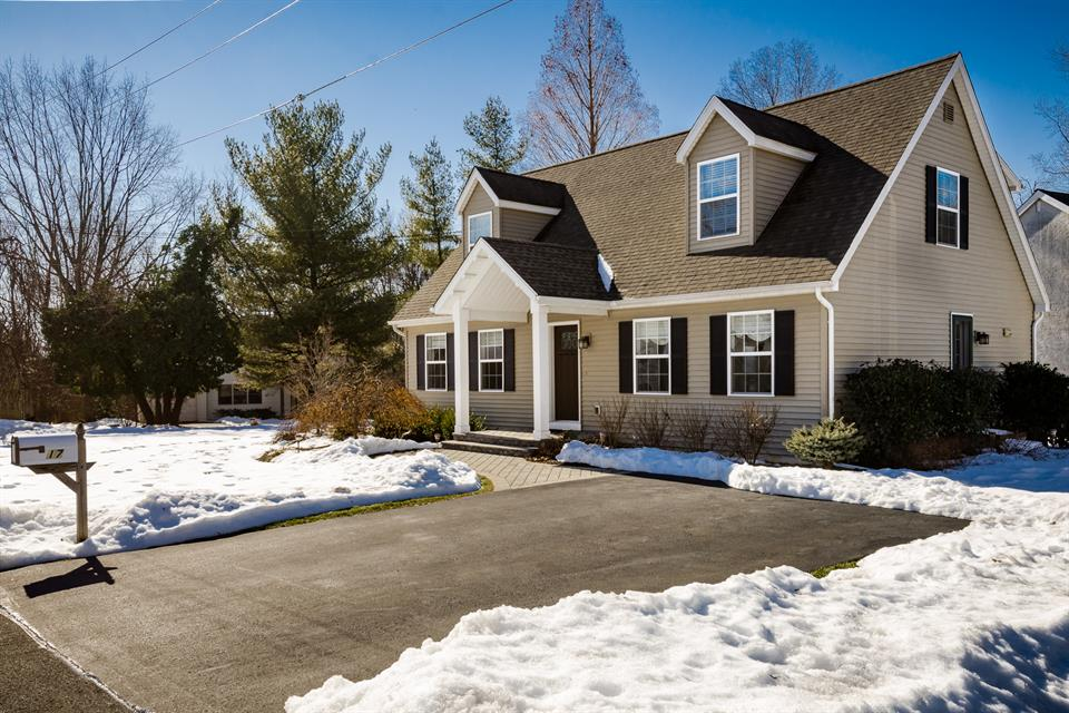 Single Family for Sale at 17 Lakeview Avenue Princeton, NJ (South Brunswick Twp) Princeton, New Jersey United States