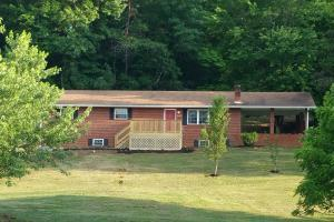 Additional photo for property listing at 8107 Rogers Lane 8107 Rogers Lane Knoxville, Tennessee 37920 Estados Unidos