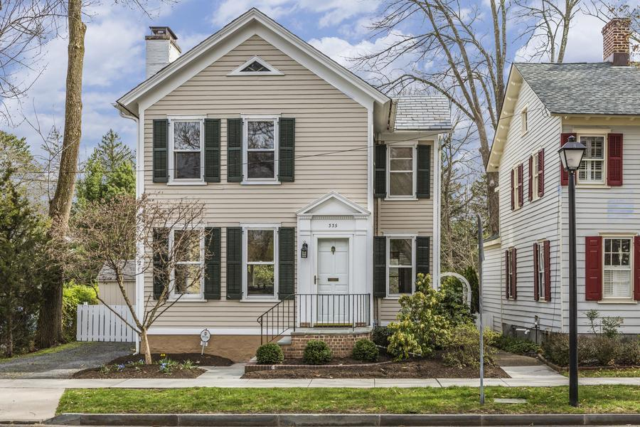 Additional photo for property listing at 335 Nassau Street Princeton, NJ Princeton, Нью-Джерси Соединенные Штаты