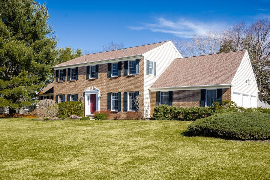 Один семья для того Продажа на 4 Bridle Path Lawrenceville, NJ (Lawrence Township) Lawrenceville, Нью-Джерси Соединенные Штаты