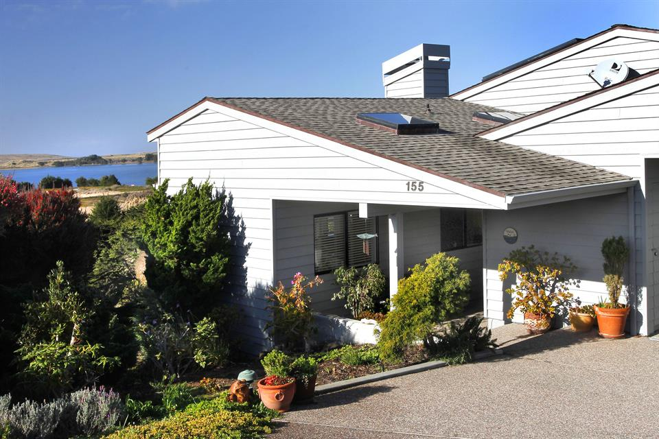 单亲家庭 为 销售 在 155 Starboard Court, Bodega Bay, California 其他地区, USA