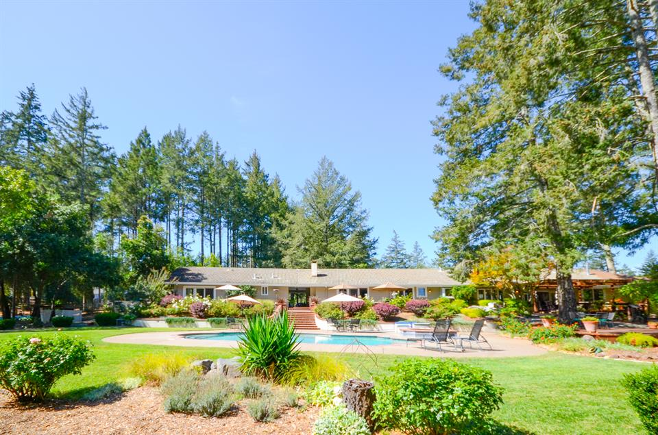 Single Family for Sale at 1011 Westside Road, Healdsburg, California Other Areas, USA