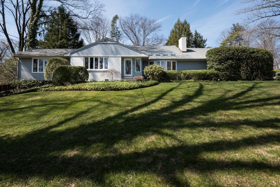 Single Family for Sale at 72 Adams Drive Princeton, NJ Princeton, New Jersey United States