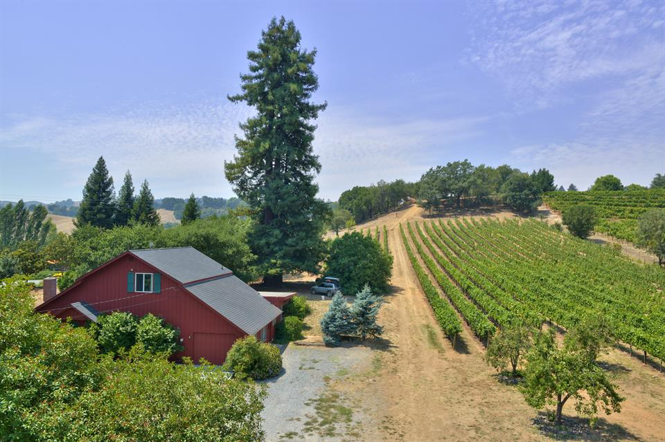 sold property at 3279 Westside Road, Healdsburg, California