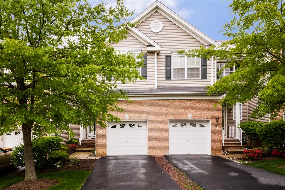 Single Family for Sale at 12 Coolidge Way Princeton, NJ (Montgomery Township) Princeton, New Jersey United States