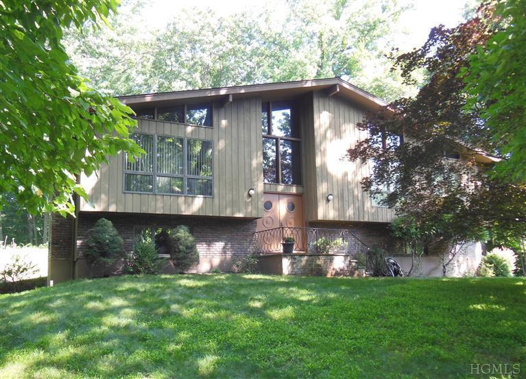 Property Of 4 Sassi Drive, Croton on Hudson, New York 10520