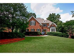 Single Family for Active at 5615 Tenbury Way Alpharetta, Georgia 30022 United States