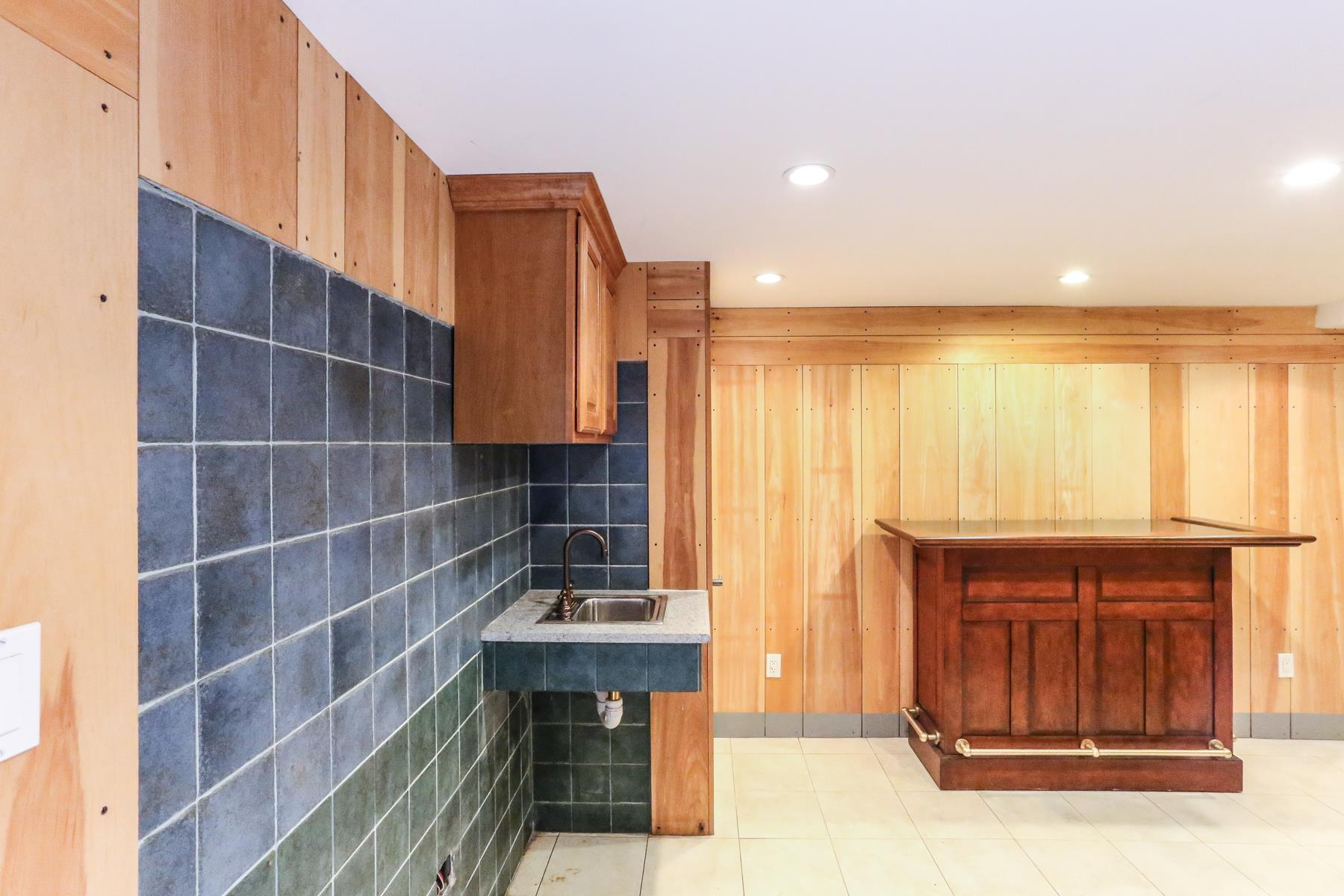 Additional photo for property listing at 14 GREENWAY TERRACE FOREST HILLS GARDENS, NYC  Forest Hills, New York 11375 United States