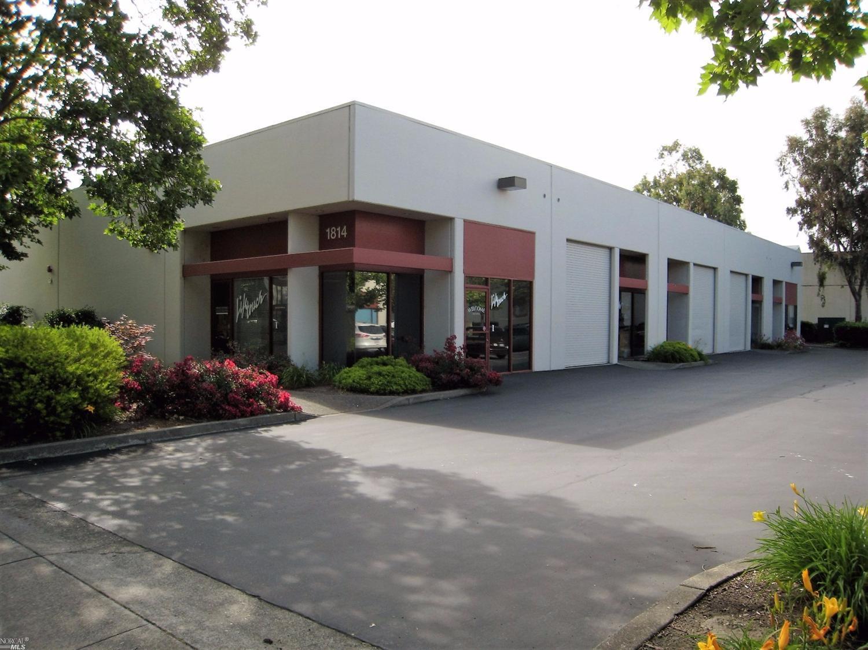 商业的 / 办公室 为 销售 在 1814 Empire Industrial Court #18-19 其他地区, USA