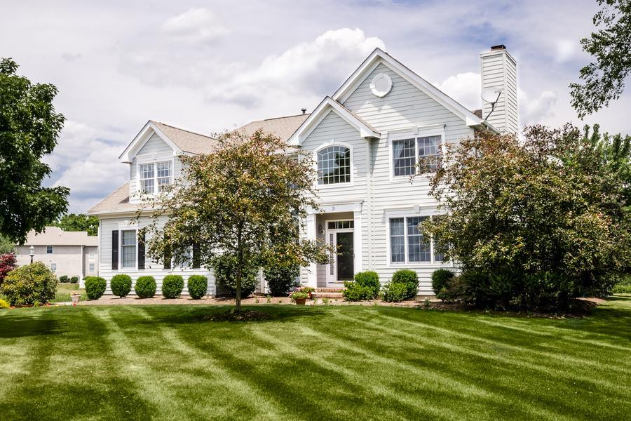Single Family for Sale at 3 Greenbriar Court Skillman, NJ (Montgomery Township) Skillman, New Jersey United States