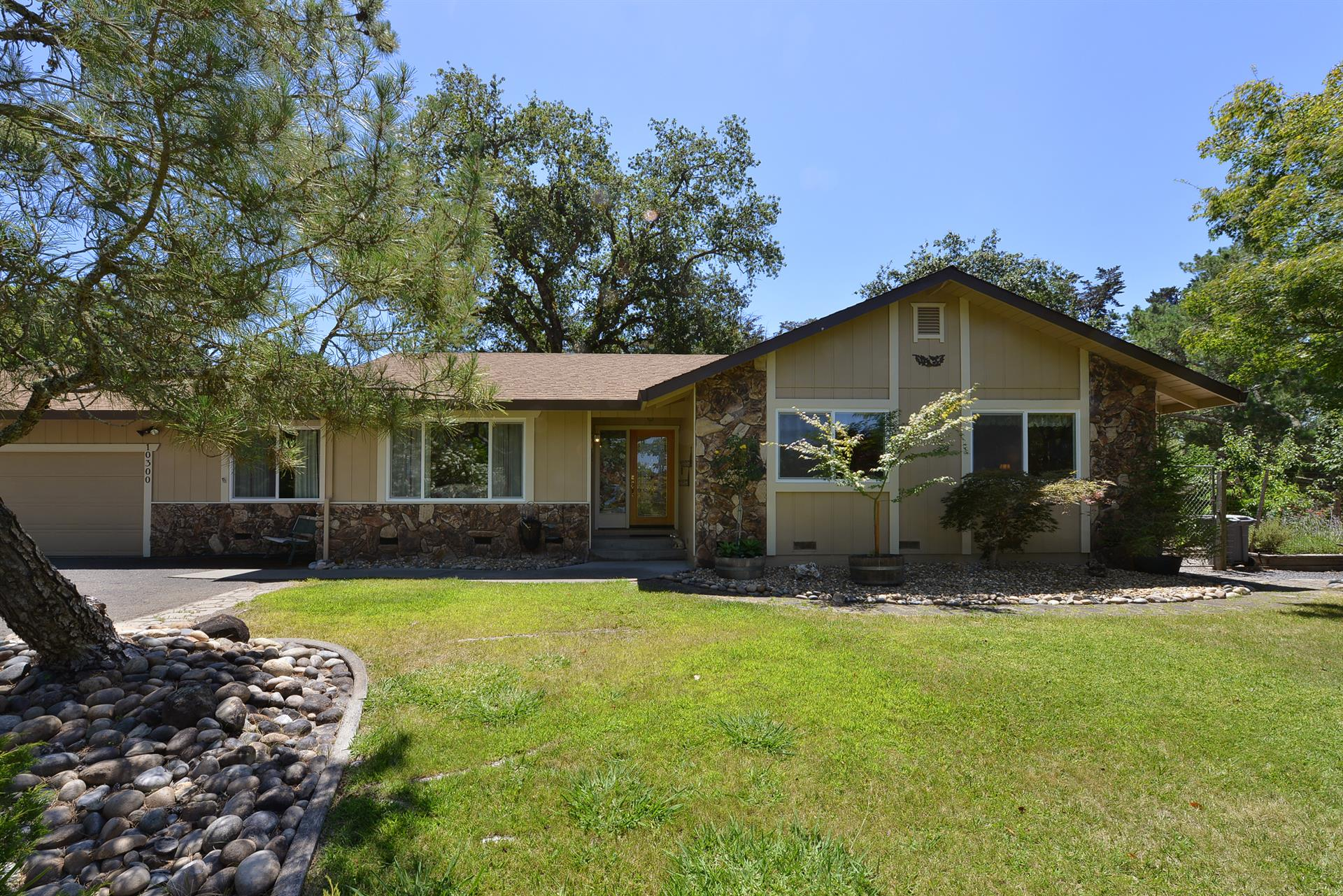 Additional photo for property listing at 10300 Brooks Road Windsor, Californië Verenigde Staten