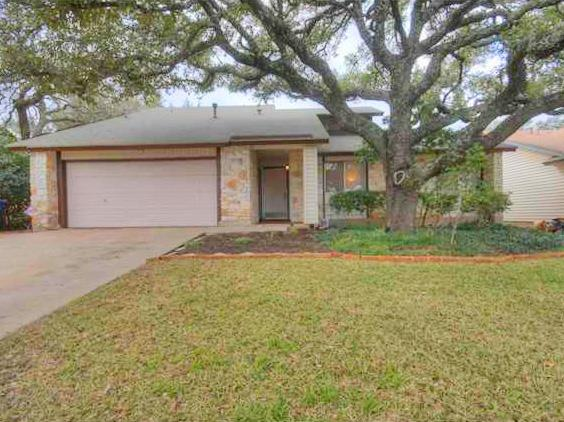Additional photo for property listing at 12400 Wycliff Lane  Austin, Texas 78727 Estados Unidos