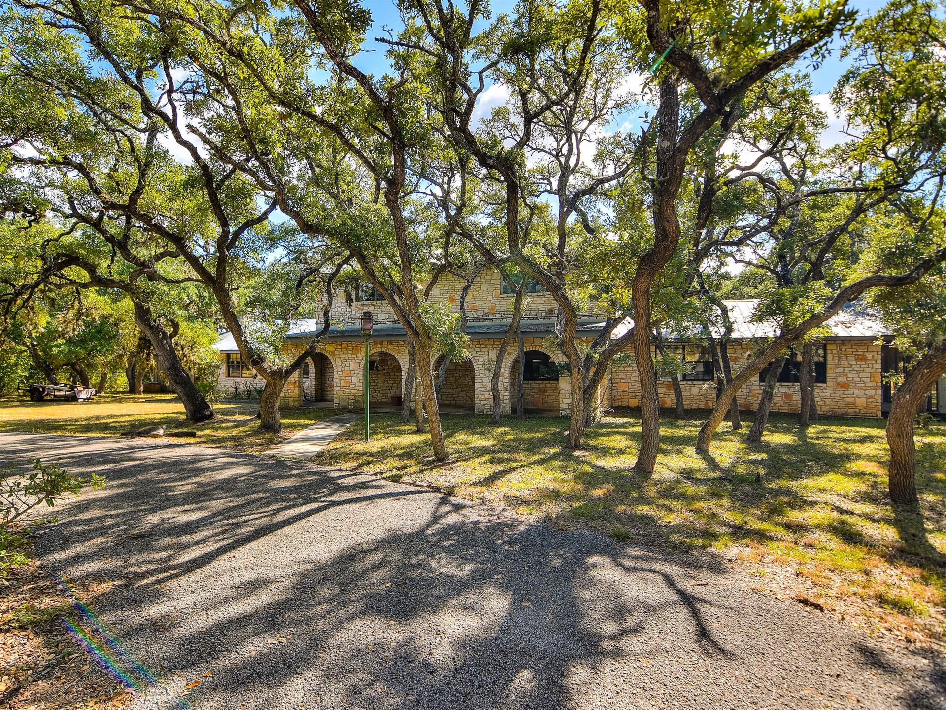 Additional photo for property listing at 33 Fm 474 33 Fm 474 Boerne, Texas 78006 Estados Unidos