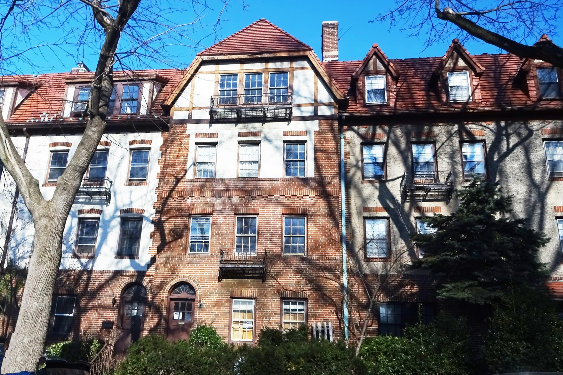 Additional photo for property listing at 166 BURNS STREET FOREST HILLS GARDENS, NY  森林山, 纽约州 11375 美国