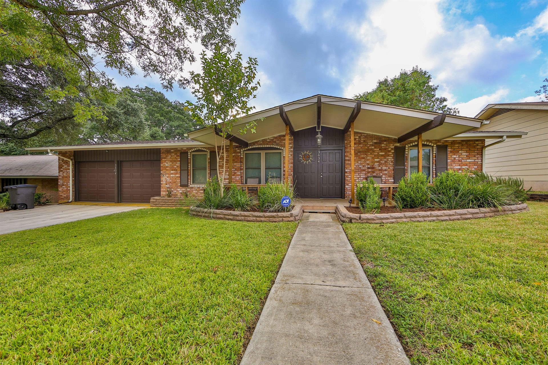 Residential for Sale at 3634 Minthill Dr 3634 Minthill Dr San Antonio, Texas 78230 United States