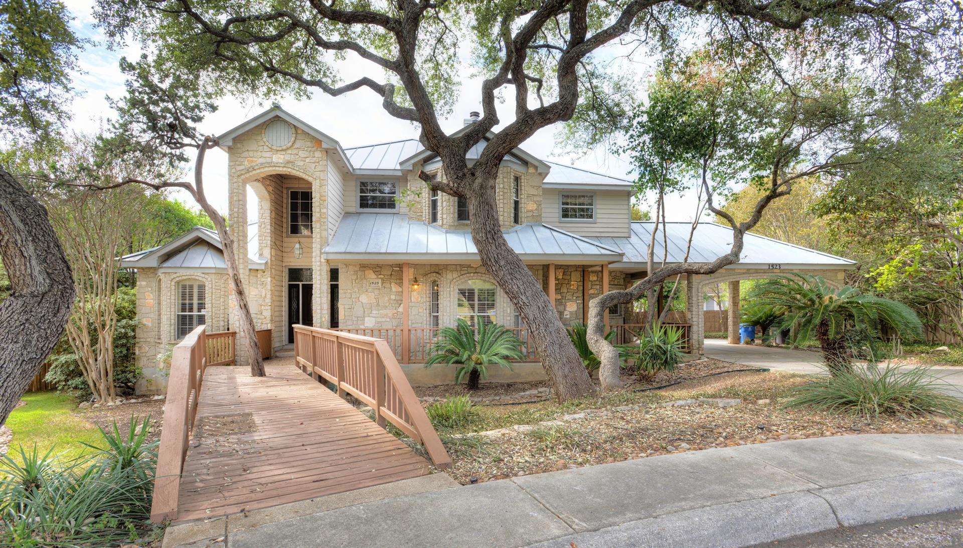 Residencial por un Venta en 1523 Hawks Meadow 1523 Hawks Meadow San Antonio, Texas 78248 Estados Unidos
