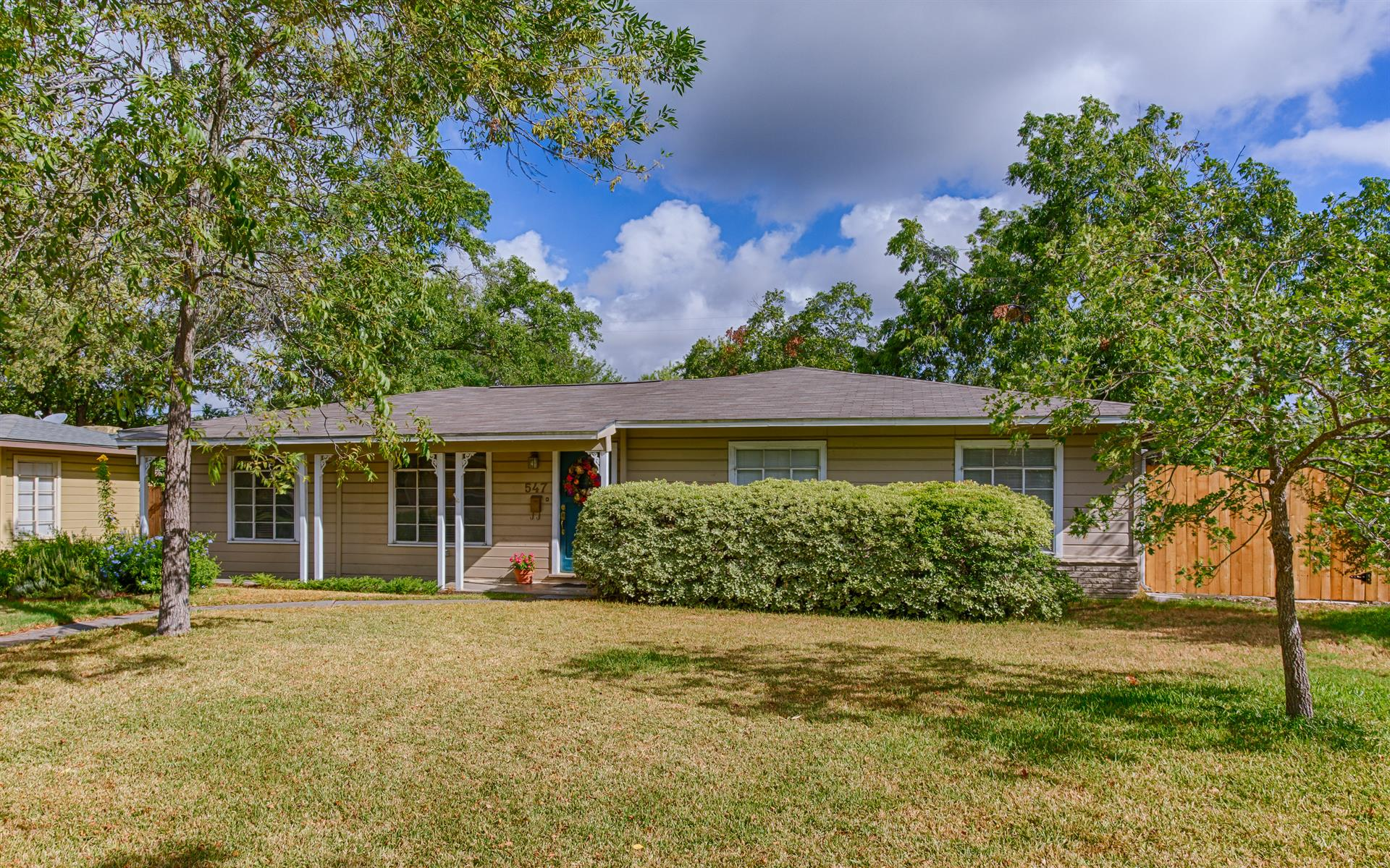 Residencial por un Venta en 547 Brightwood Place 547 Brightwood Place San Antonio, Texas 78209 Estados Unidos
