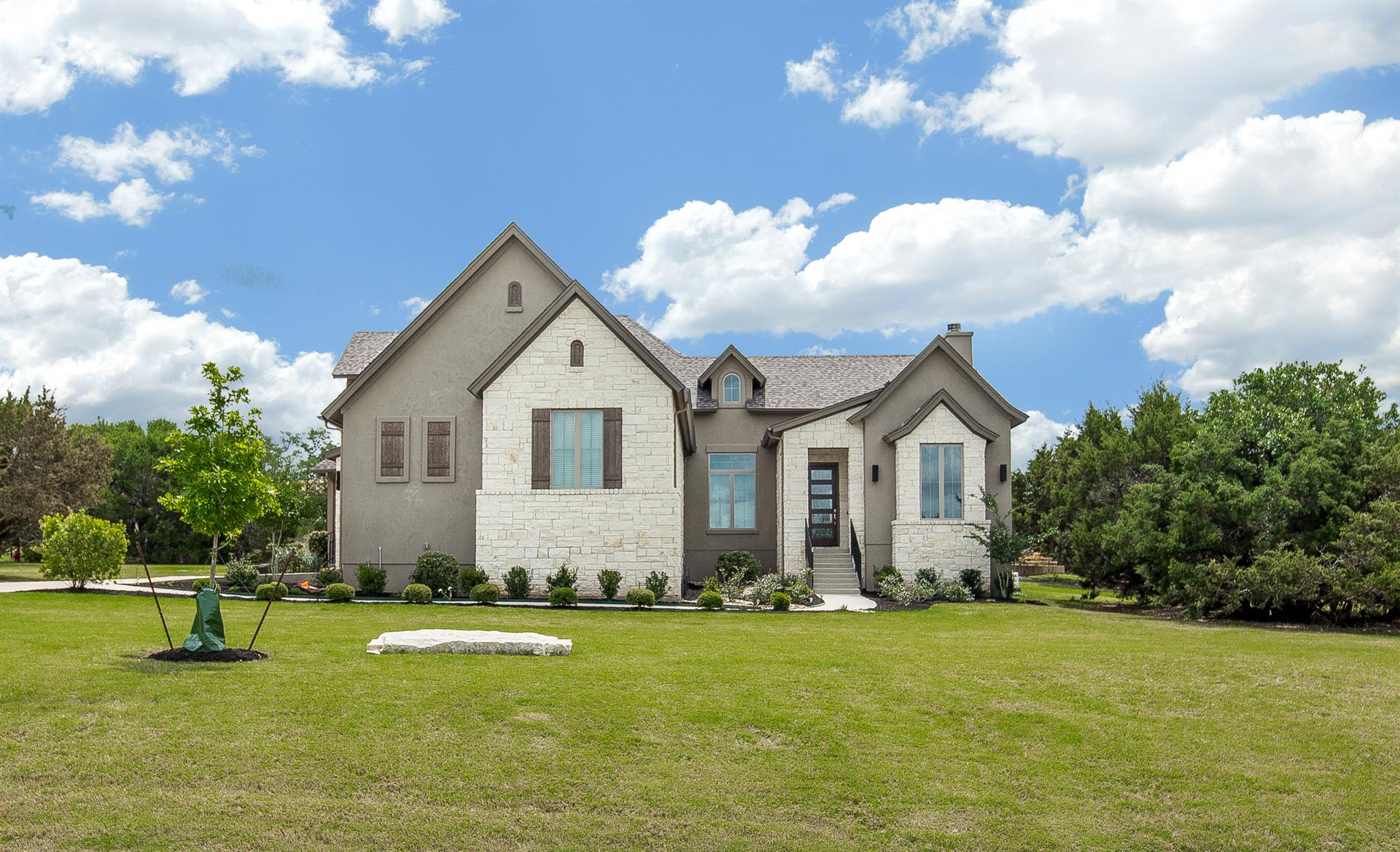 Additional photo for property listing at 251 Shallowwater Cove 251 Shallowwater Cove Driftwood, Texas 78619 Estados Unidos