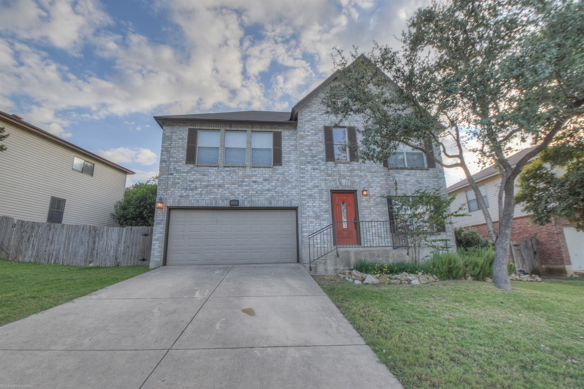 Residencial por un Venta en 16035 Walnut Creek Dr 16035 Walnut Creek Dr San Antonio, Texas 78247 Estados Unidos