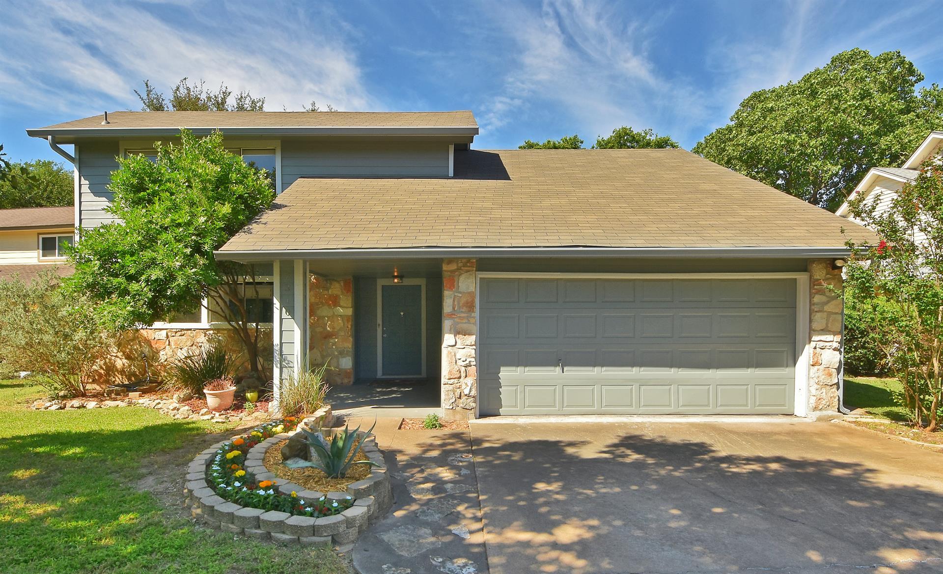 Residencial por un Venta en 7310 Ferndale Circle 7310 Ferndale Circle Austin, Texas 78745 Estados Unidos