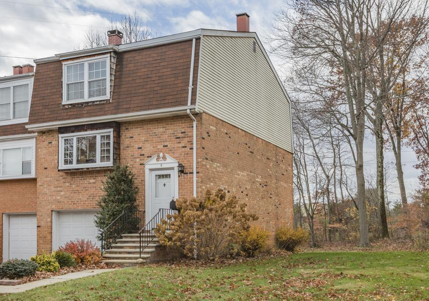 Single Family for Sale at 9 Featherbed Court Lawrenceville, NJ (Lawrence Township) Other Areas, USA