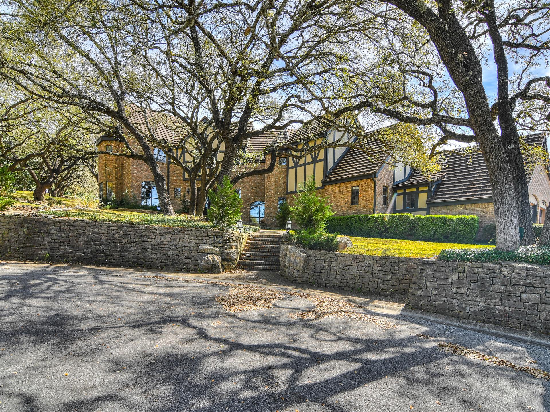 Residential for Sale at 12 Mayborough Lane 12 Mayborough Lane San Antonio, Texas 78257 United States