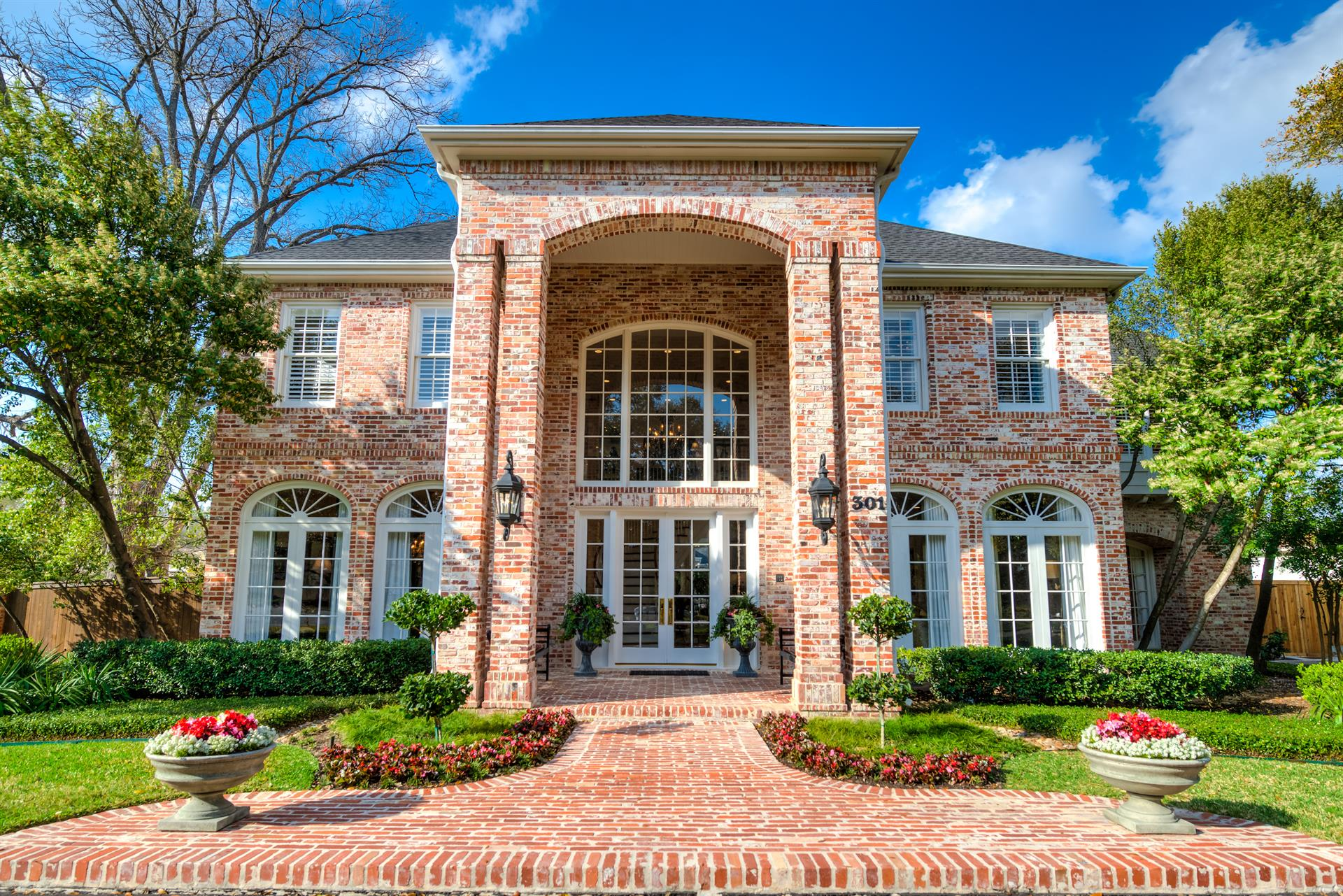 Residential for Sale at 301 Geneseo Rd. 301 Geneseo Rd. San Antonio, Texas 78209 United States