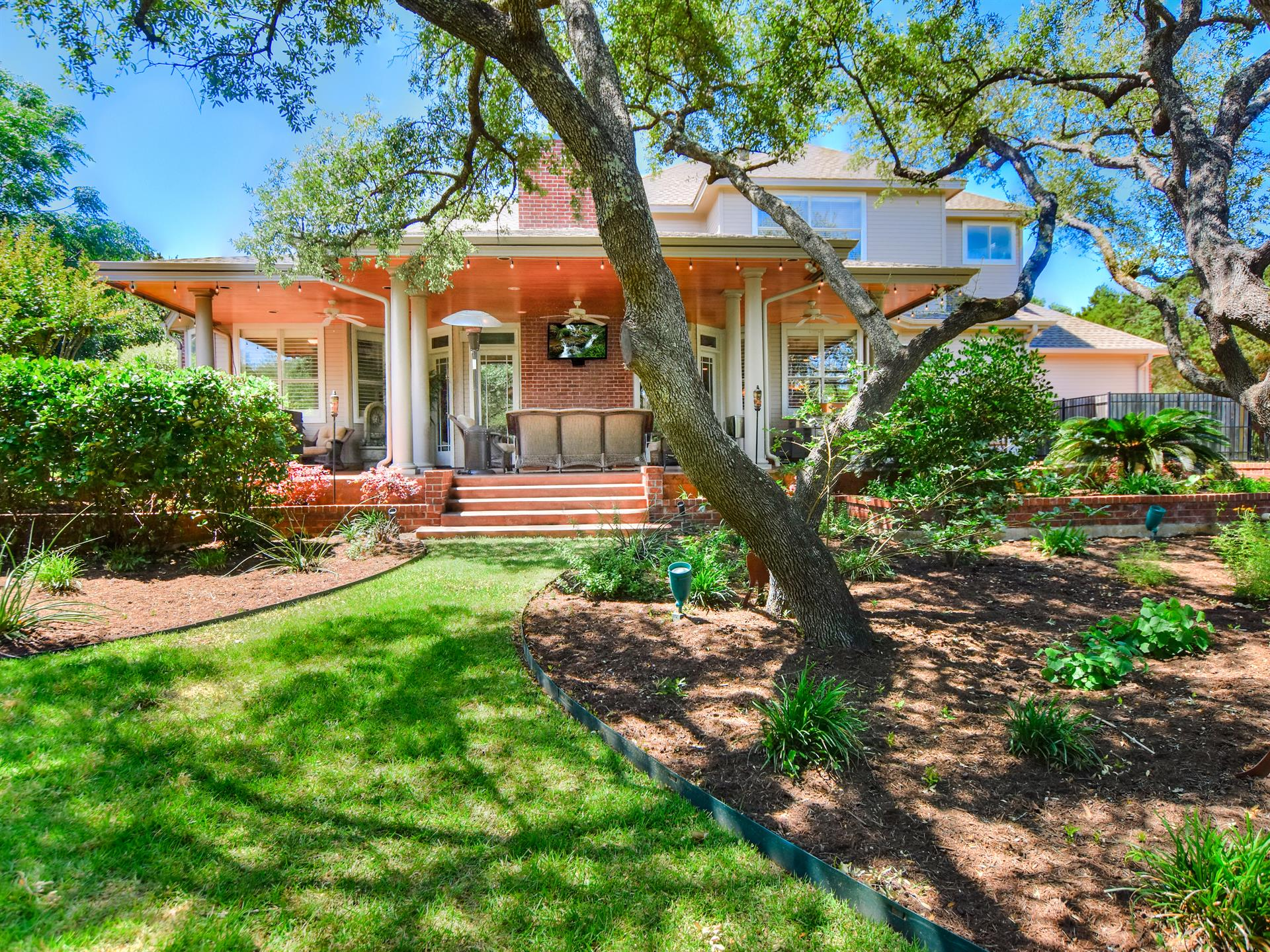 Residential for Sale at 9104 Leaning Rock Circle 9104 Leaning Rock Circle Austin, Texas 78730 United States