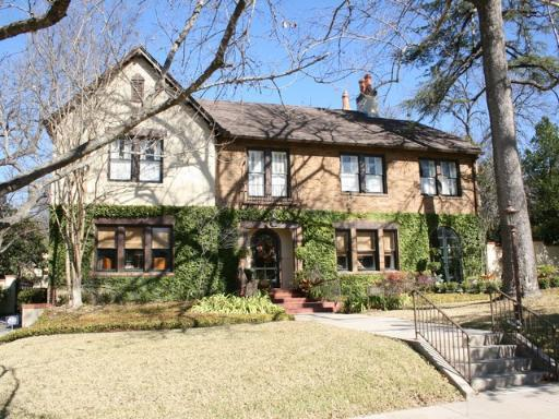 Residential for Sale at 117 W Elsmere Place 117 W Elsmere Place San Antonio, Texas 78212 United States