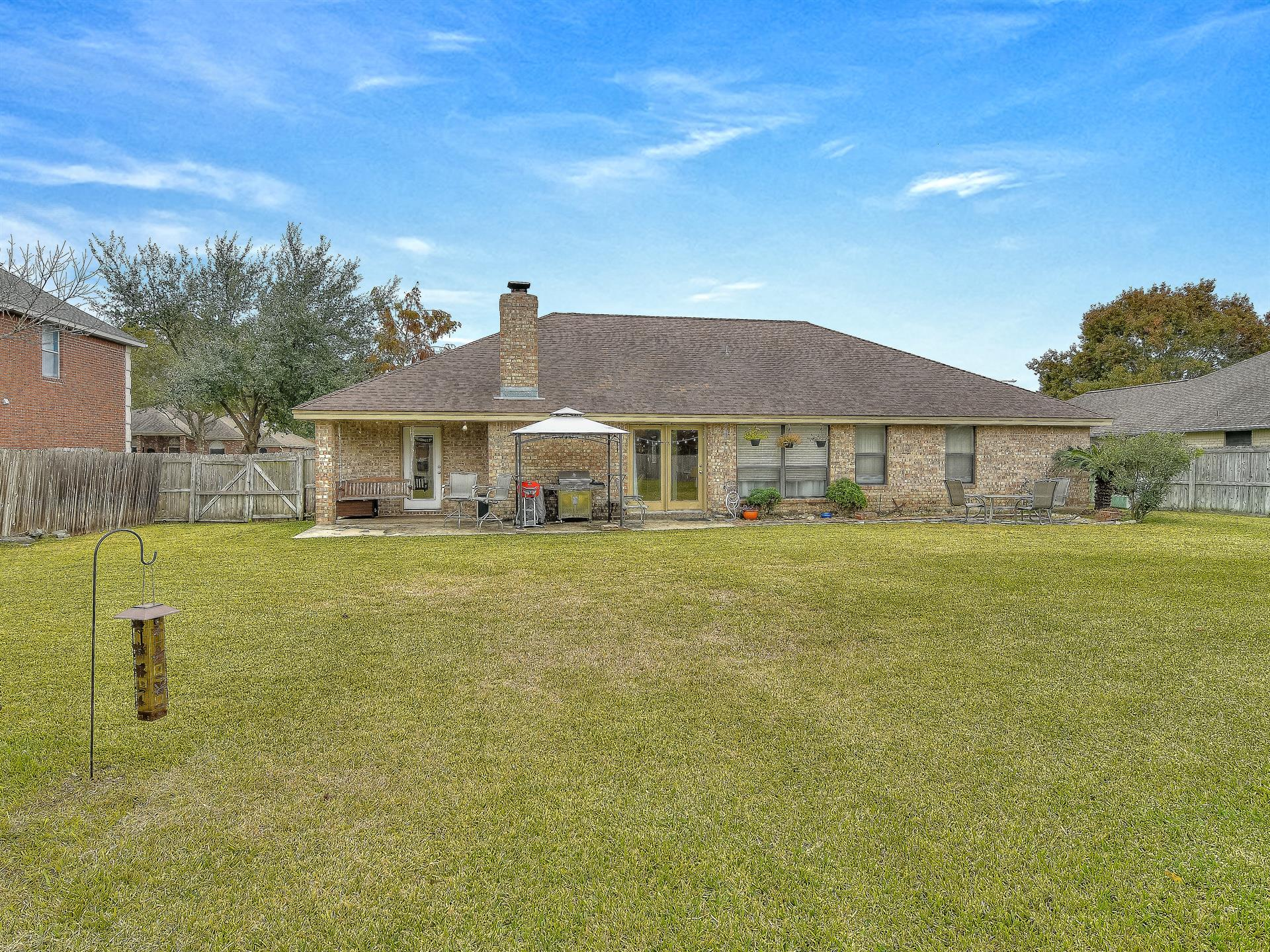 Additional photo for property listing at 846 Royal 846 Royal New Braunfels, Texas 78130 Estados Unidos