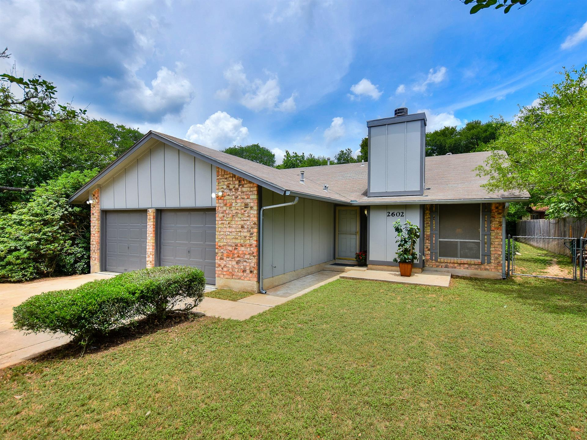 Additional photo for property listing at 2602 Hidden Oaks Drive 2602 Hidden Oaks Drive Austin, Texas 78745 Estados Unidos