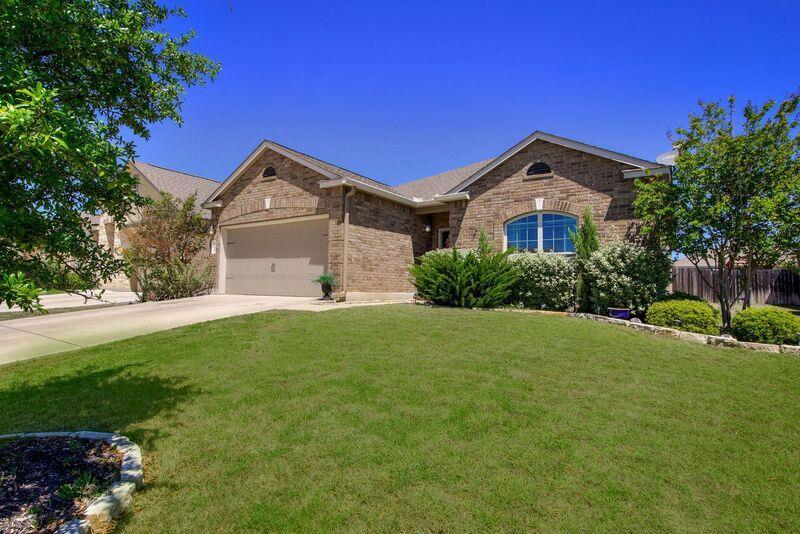 Residencial por un Venta en 108 Benton Drive 108 Benton Drive Boerne, Texas 78006 Estados Unidos