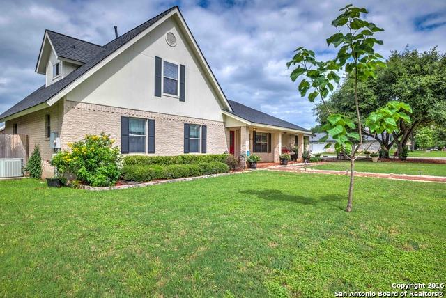 Additional photo for property listing at 1232 Fox Glen Rd 1232 Fox Glen Rd New Braunfels, Texas 78130 Estados Unidos