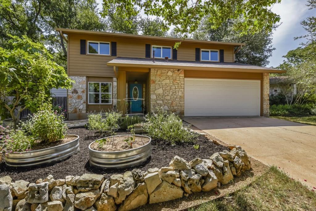Casa por un Venta en 3320 Clarksburg Drive 3320 Clarksburg Drive Austin, Texas 78745 Estados Unidos