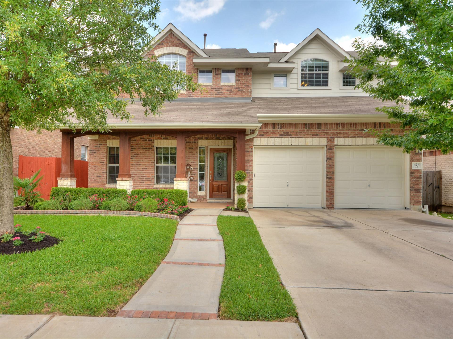Casa por un Venta en 426 Valona Loop 426 Valona Loop Round Rock, Texas 78681 Estados Unidos