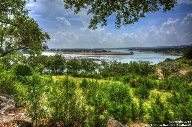 Lote residencial por un Venta en 1128 Mission Way 1128 Mission Way Canyon Lake, Texas 78133 Estados Unidos