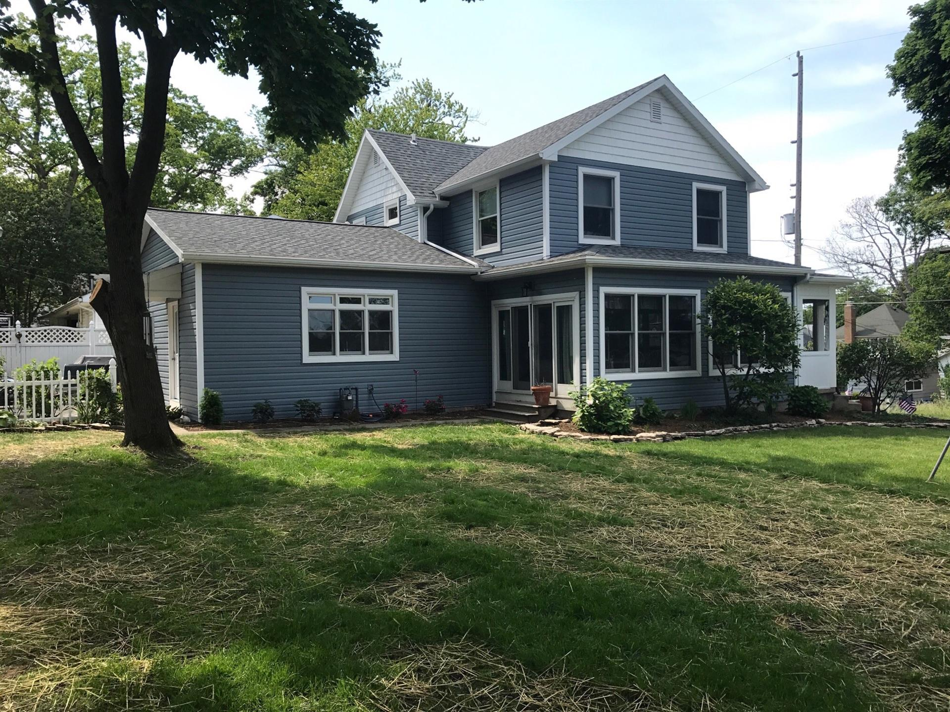 Single Family for Rent at 916 E. Third Street 916 E. Third Street Lakeside, Ohio 43440 United States