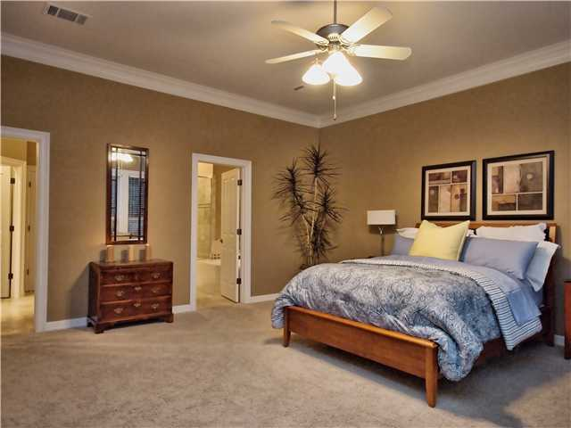 Additional photo for property listing at 2719 Regents Park 2719 Regents Park Austin, Texas 78746 Estados Unidos