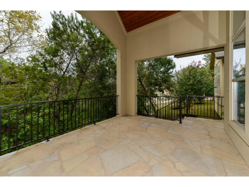 Additional photo for property listing at 9213 Eddy Cv  Austin, Texas 78735 Estados Unidos