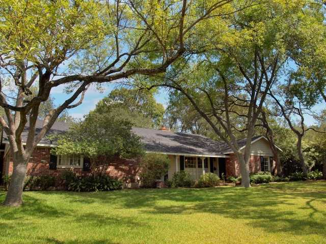Single Family for Sale at 5817 Trailridge Drive Austin, Texas 78731 United States