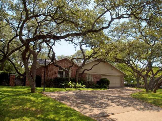 Additional photo for property listing at 5817 Trailridge Drive  Austin, Texas 78731 United States