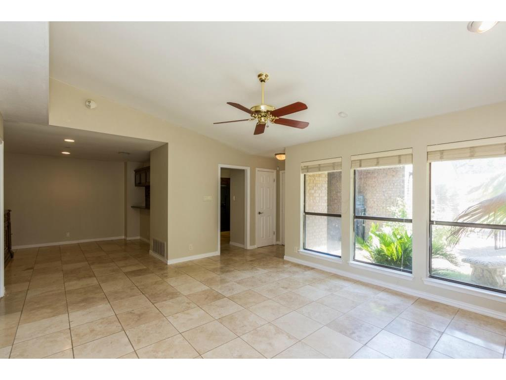Additional photo for property listing at 5708 Jamboree CT  Austin, Texas 78731 Estados Unidos